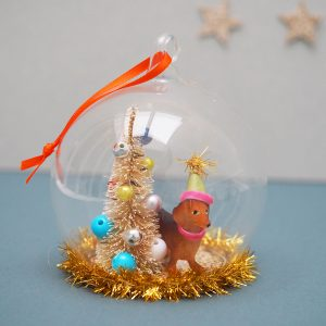 Dachshund Globe Decoration